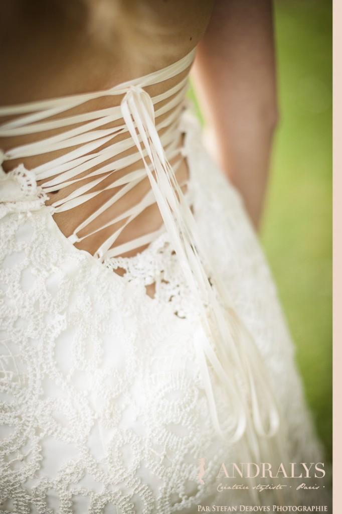 Robe de mariée sur-mesure à Bordeaux - le laçage